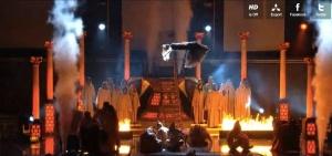 dailymail_minaj_levitation_final