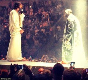 kanye-west-new-tour-jesus-stage